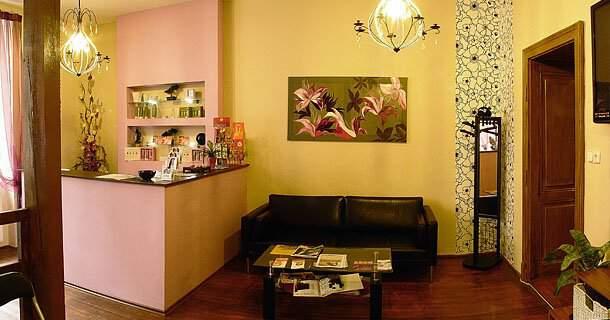 Salon Glamour Znojmo - kadeřnictví a solagenária